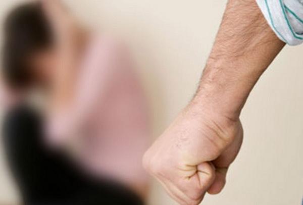 Насилие в семье над женщиной: каким оно может быть