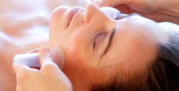 Баночный массаж - польза для лица и тела